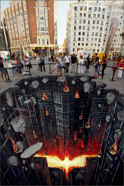 Dark Knight Rises - 3D Street Art, Madrid