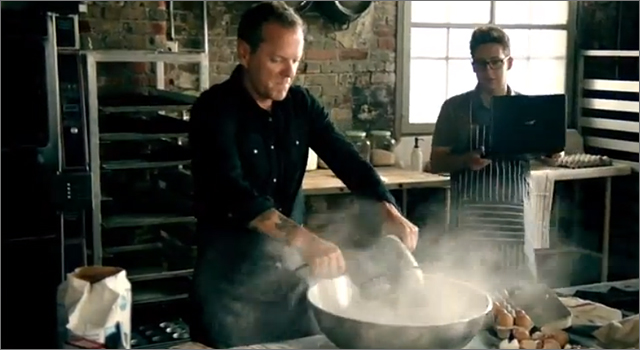 Acer Ultrabook - Kiefer Sutherland's Dynamite Cupcakes