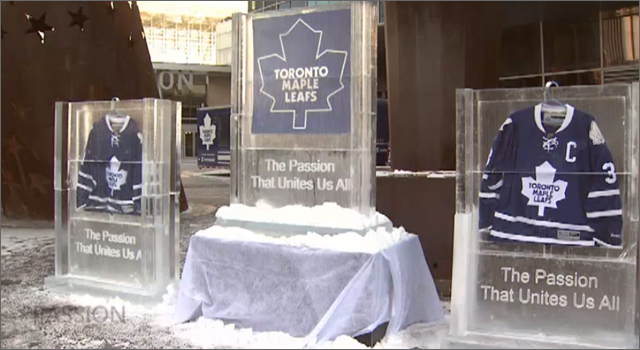 Toronto Maple Leafs - Frozen Jersey