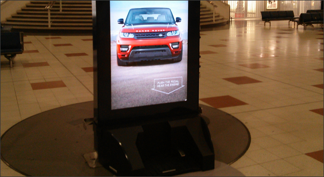 Range Rover - Interactive Signage